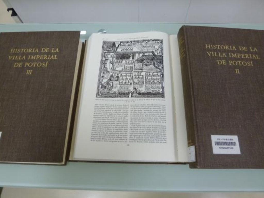 Arzansの「ポトシ銀山史」(1736)と1577年当時の水銀アマルガム製錬工場
